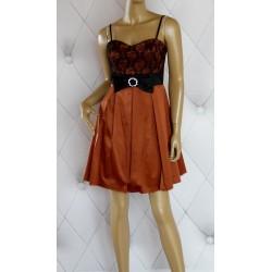 Elegancka rozkloszowana sukienka, tiul, koronka 38