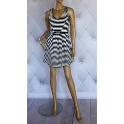 Rozkloszowana sukienka, czarno-białe paski, luxury, S
