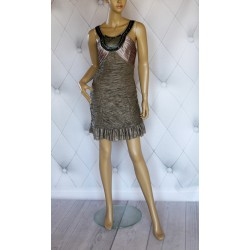 Przepiekna sukienka marszczenia kamienie kolory